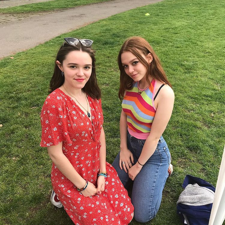 Sadie Soverall and her sister