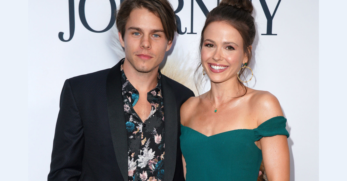 'When Hope Calls' Actress Jocelyn Hudon and Boyfriend Jake Manley Are 'Couple Goals'