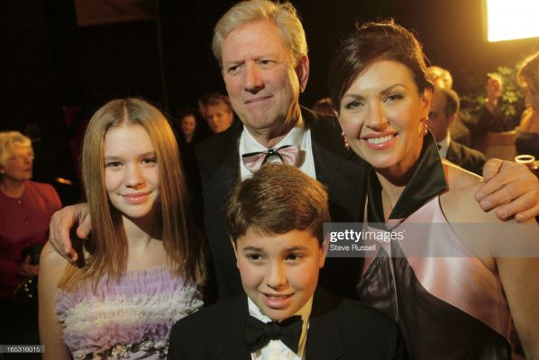 Wendy Crewson with her ex-husband Michael Murphy and their children Maggie and Jack Murphy on November 4, 2002.